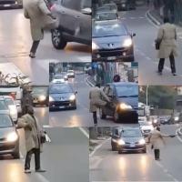 🔴 Video - Prende a calci le auto a Terni, ma la sera prima aveva coltello e sassi in tasca