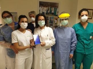 Gruppo Barton dona tablet all'ospedale aiutiamo i pazienti in isolamento