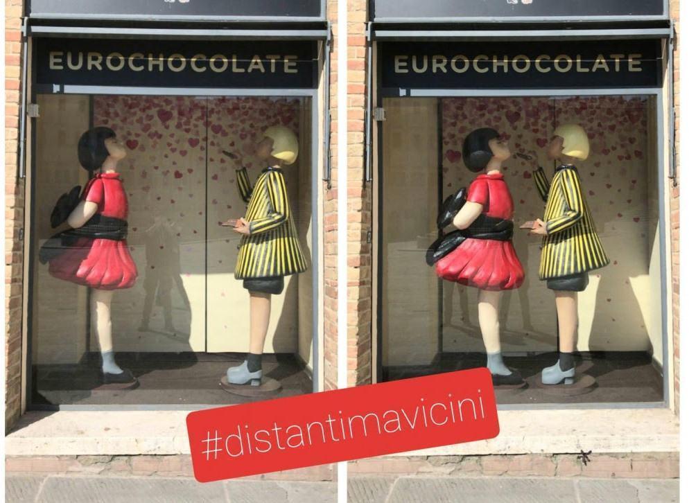 Covid-19, anche i bimbi di Eurochocolate #distantimavicini