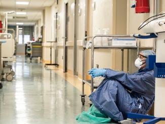 Covid Umbria, ancora morti e 143 nuovi contagi, numeri da area rossa