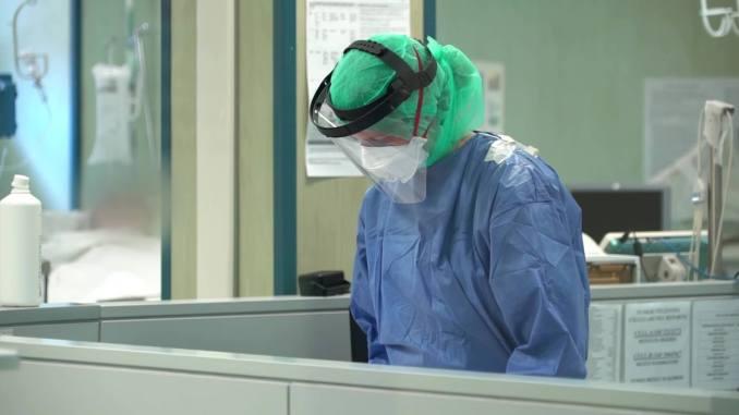 Covid Umbria, ospedale San Giovanni Battista, tre sanitari positivi al virus