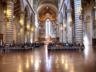Duomo Orvieto riapre al culto ma non ai turisti in fase 2