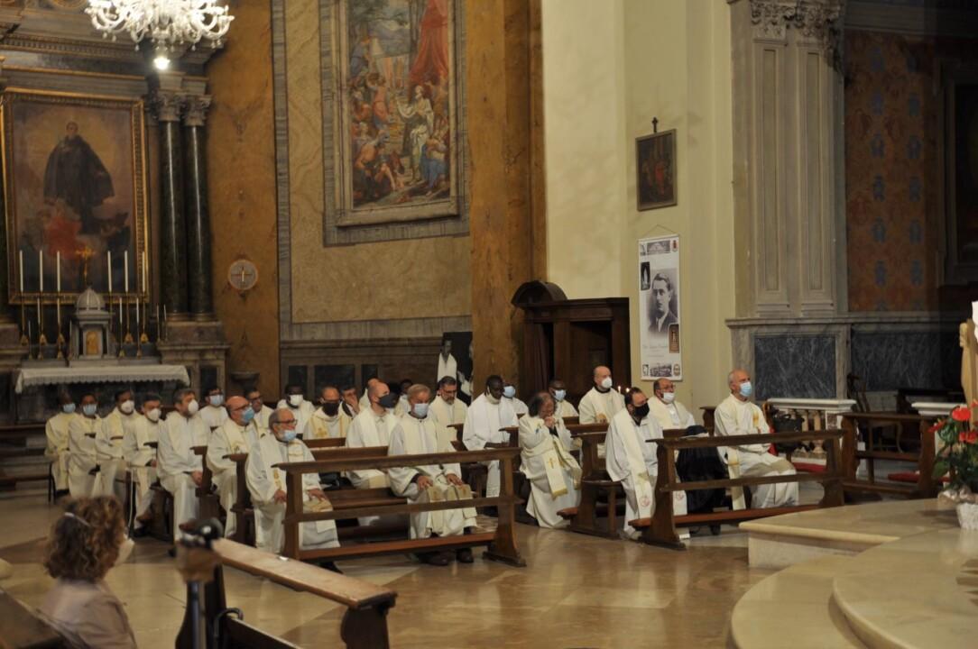 Messa Crismale anche a Terni, con la benedizione degli oli sacri