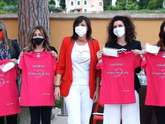 Consegnati passaporti del cuore e mascherine i medici medicina generale