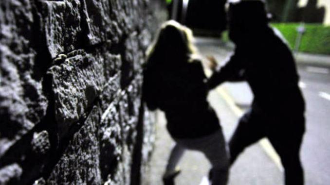 Terni, sequestra la ex e la violenta in A1, arrestato 40enne