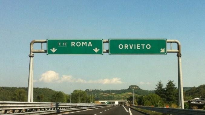 Sulla A1 Milano-Napoli, chiusura notturna per uscita ingresso Orvieto