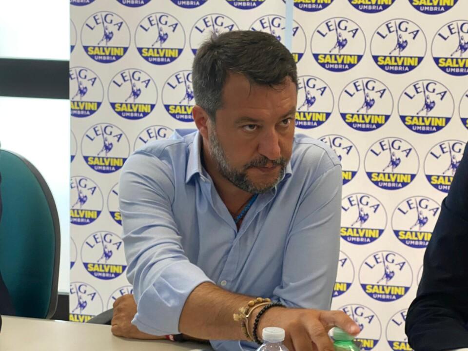 Salvini a Perugia, chi fa assessore deve dimettersi da consigliere, no doppio ruolo