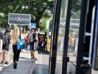 Contagi e scuole, 178 alunni positivi, 2 infetti anche nello scuola bus