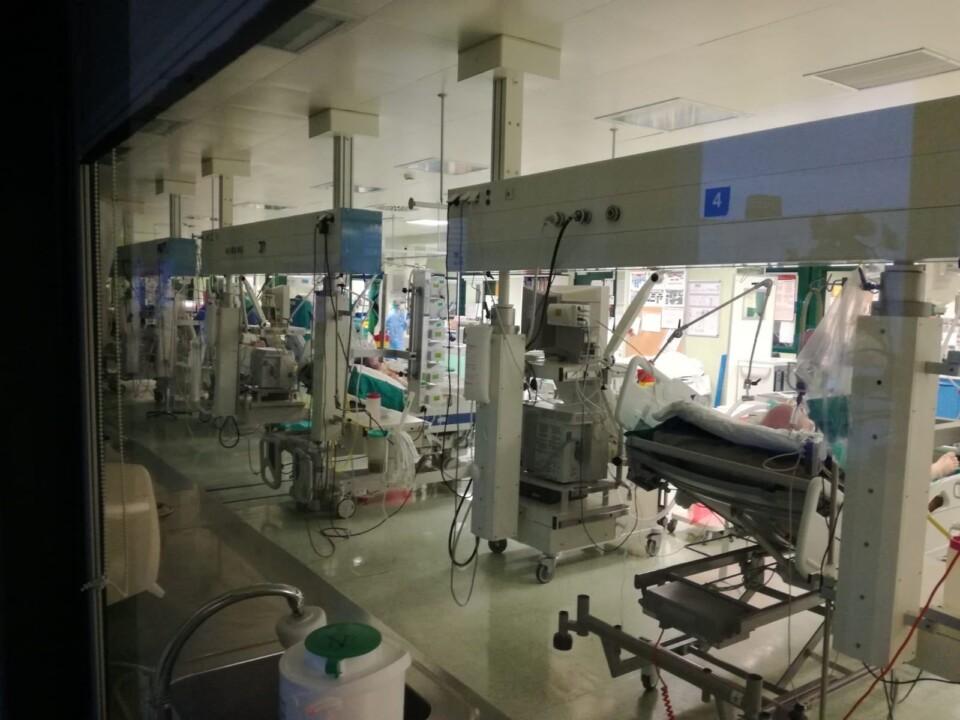 Postazioni terapia intensiva e ventilatori polmonari da Fondazione Carisp