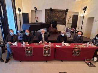 Cartellone Apericerca verso Notte Europea dei Ricercatori a Perugia