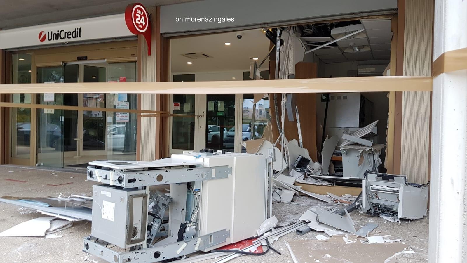 Esplode bancomat Unicredit a San Sisto di Perugia, anche colpi di arma da fuoco nella notte