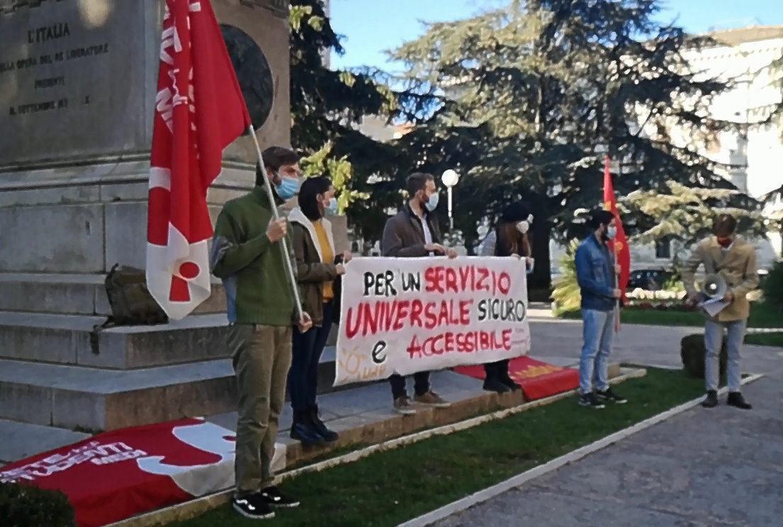 Gestione fallimentare, questo lo slogan della protesta degli studenti a Perugia