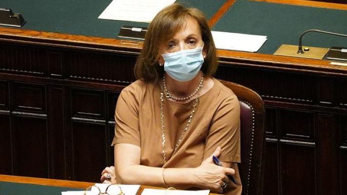 """Coronavirus, Zampa: """"Stretta sui controlli, possibilità di mettere in campo l'esercito"""""""