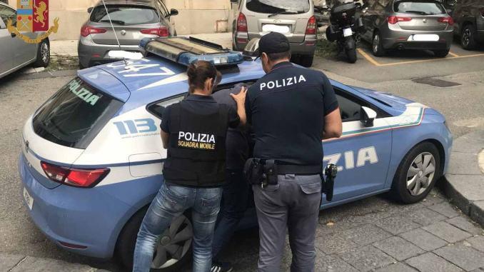 Tratta di esseri umani, straniera arrestata su Mandato Europeo