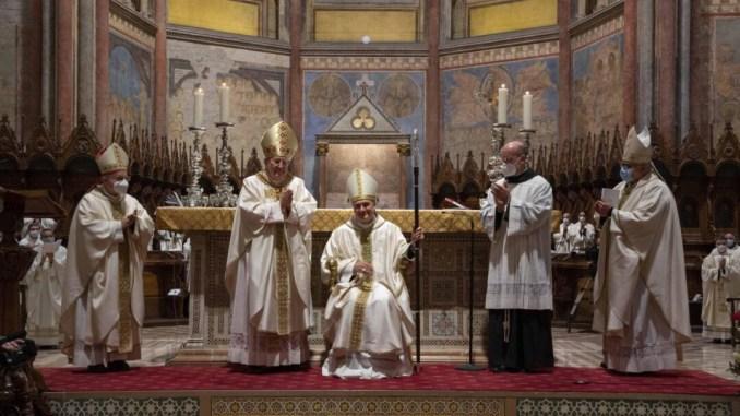 Fra Mauro Gambetti è vescovo, ordinazione | Evento in diretta