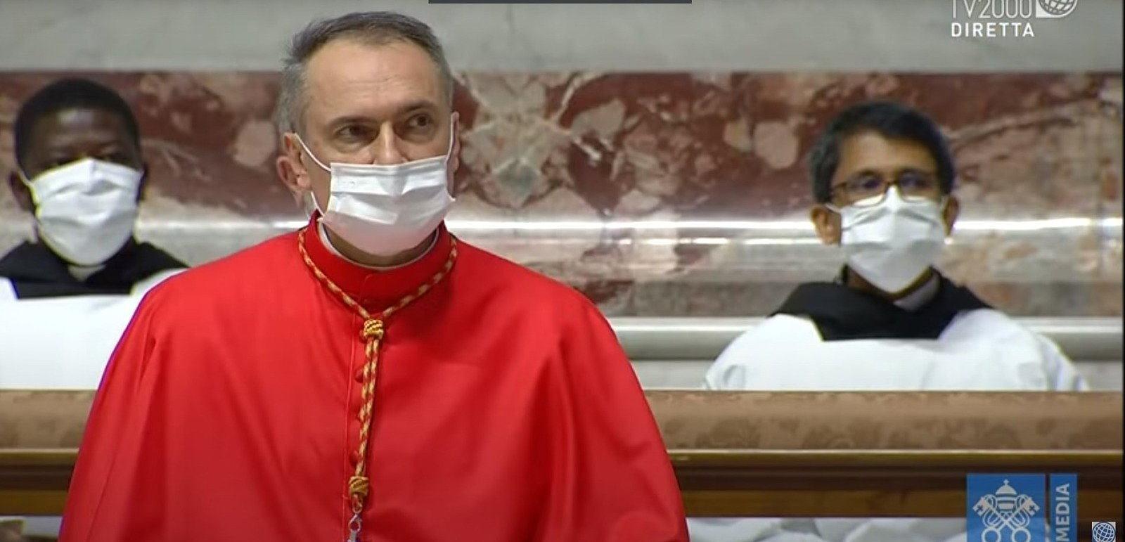 Papa ha creato tredici nuovi cardinali nel Concistoro, c'è anche Mauro Gambetti 🔴