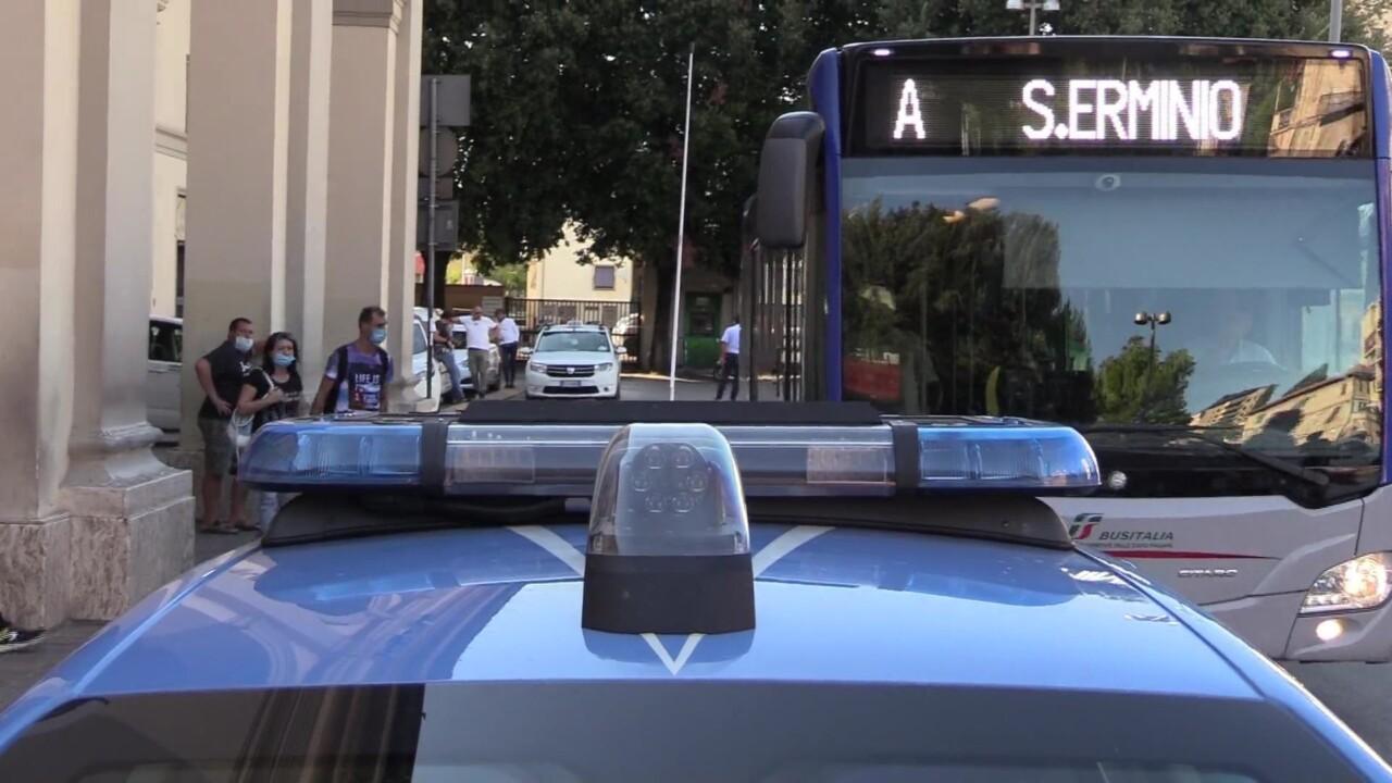 Terrorismo, operazione della polizia, perquisizioni a Perugia