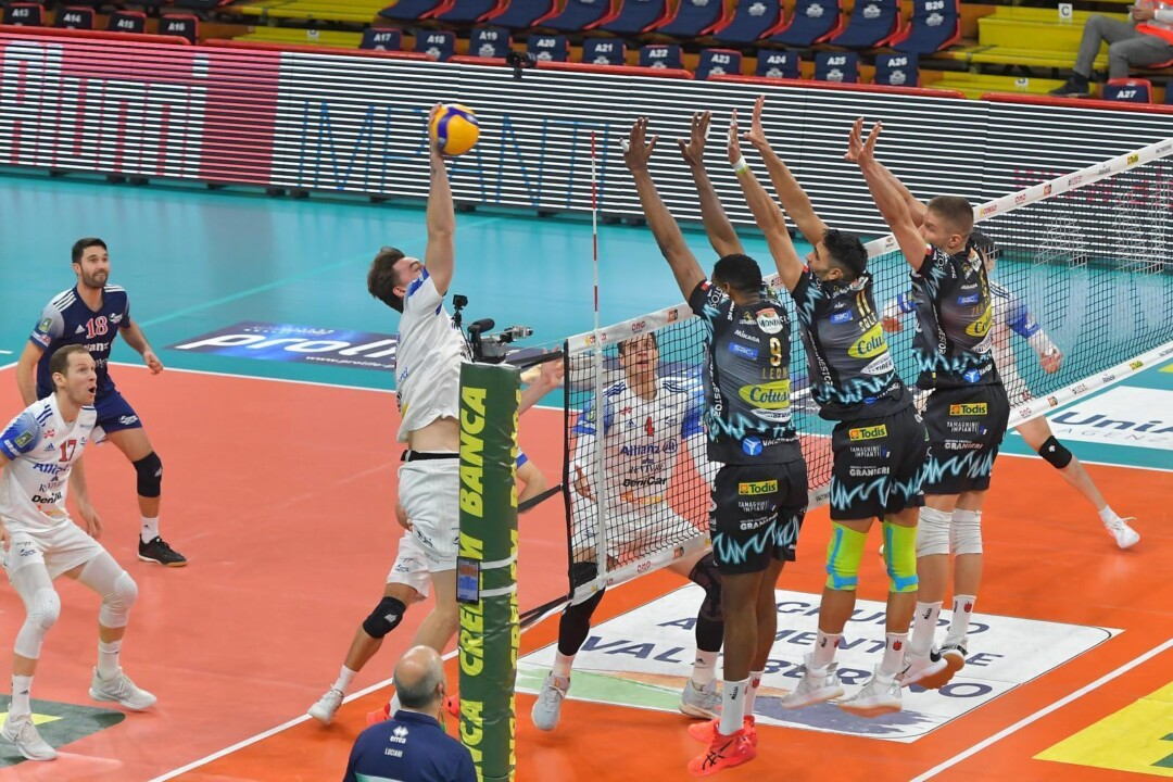Sir Safety Conad: terzultima di superlega con la difficile trasferta di Modena
