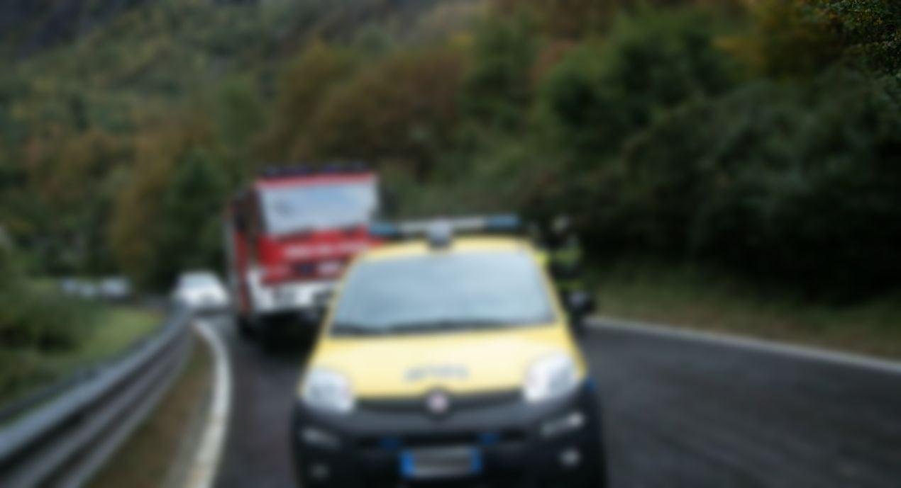 Frana nella sulla via Flaminia, tra Narni e Testaccio, chiuso tratto di strada
