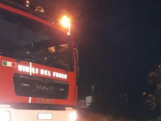Smottamento collinare verso la ferrovia a Passignano sul Trasimeno, pompieri in azione