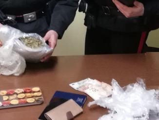 Coppia di spacciatori di marijuana arrestata il giorno di San Valentino