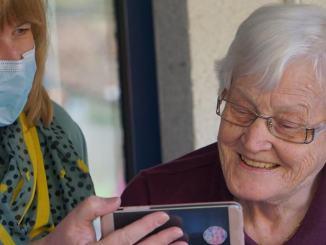 Digitali per forza, anche a 80 anni, altrimenti nessuna pensione