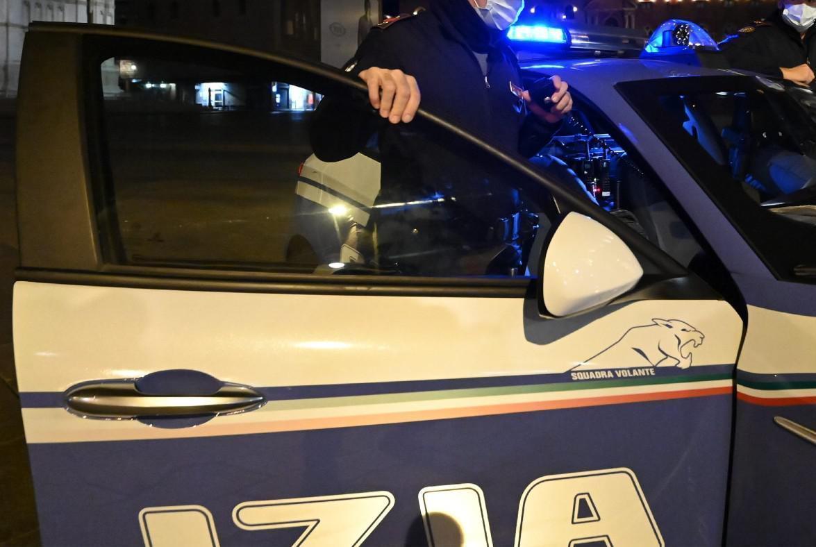 Resistenza e false dichiarazioni, guida senza patente, denunciati 2 giovani