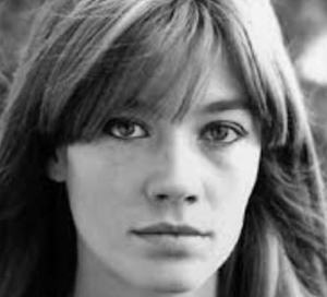 """✍ I Racconti – Francoise Hardy malata: """"Non canterò più"""", è stata la cantautrice degli amori giovanili"""