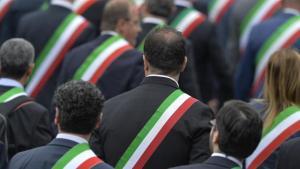 23 giugno piazza Matteotti, Perugia, protesta sindaci, no chiusura uffici postali