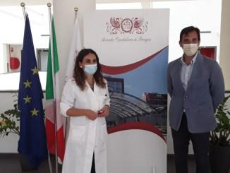 Sava uomo da infarto con defibrillatore, direttore ospedale riceve medico rianimatore, Elisabetta Franciosini,