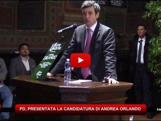 Primarie Pd, Andrea Orlando a Perugia, bagno di folla