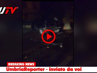Video nella notte a Tordandrea di Assisi inseguimento e scontro frontale