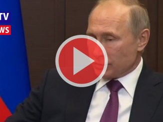Siria, ancora orrori dalla guerra: scoperta fossa comune, Trump e Putin
