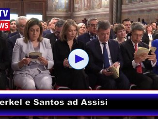 Angela Merkel ad Assisi riceve la lampada della pace