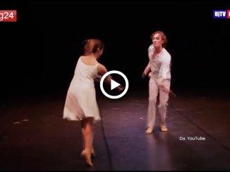 Morto il coreografo Lindsay Kemp, aveva 80 anni, Todi Festival lo ricorda