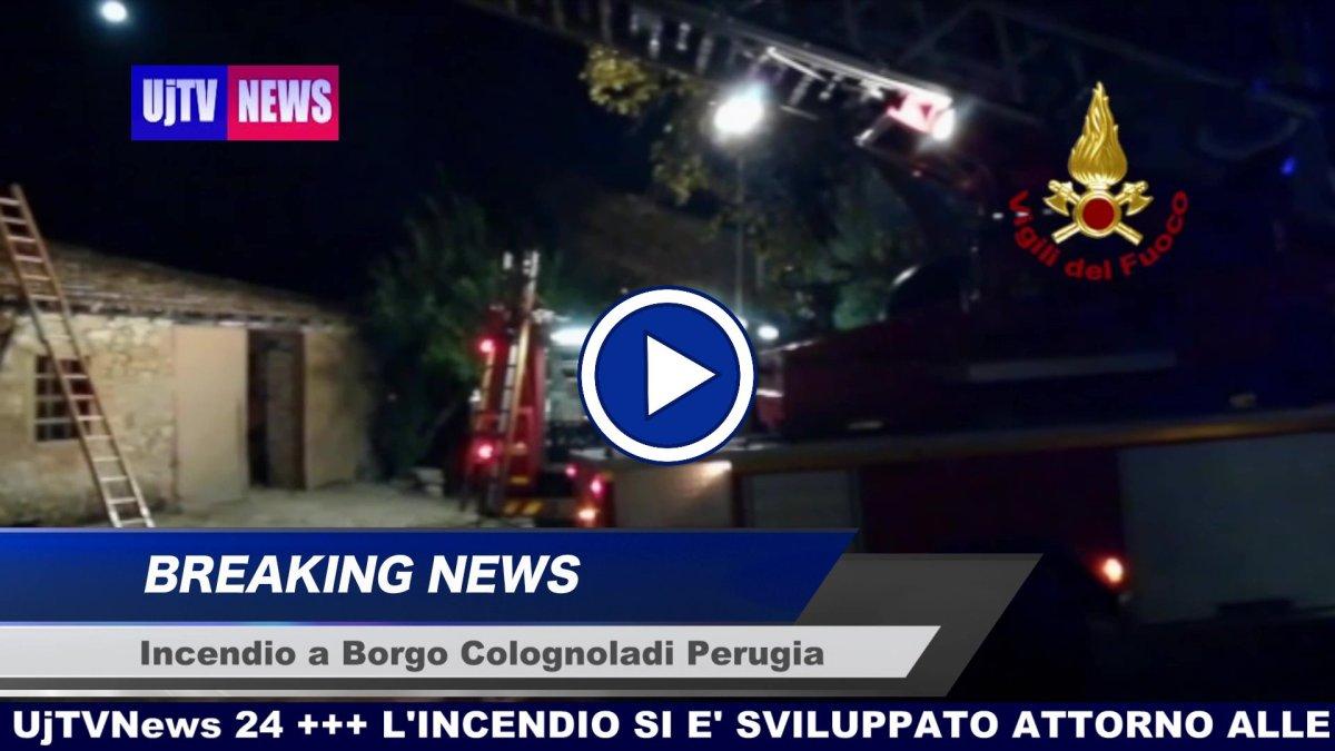 Incendio a Borgo Colognola Perugia video dei vigili del fuoco crollano tetto e solaio