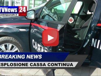 Esplosione cassa continua Eurospin, ladri in fuga con bottino, video