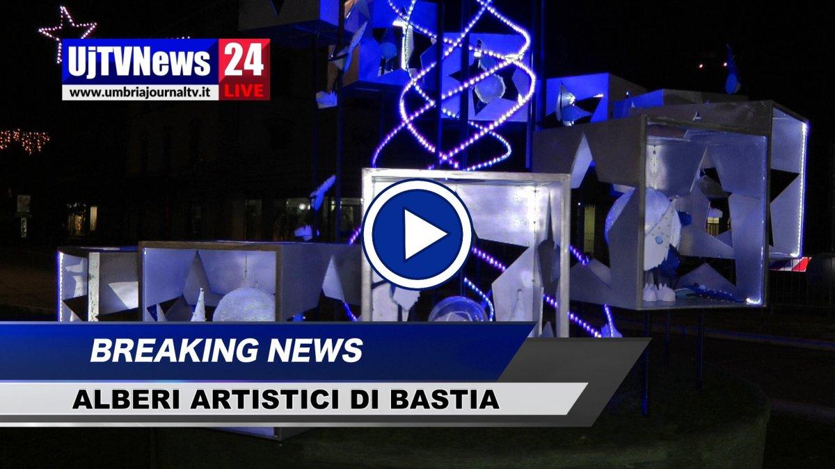 Alberi di Natale dei Rioni a Bastia Umbra, vince Portella, il video
