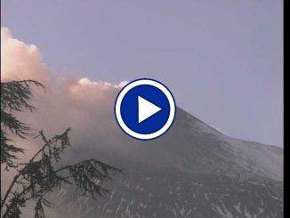 Nuova eruzione Etna, intenso sciame sismico sul vulcano