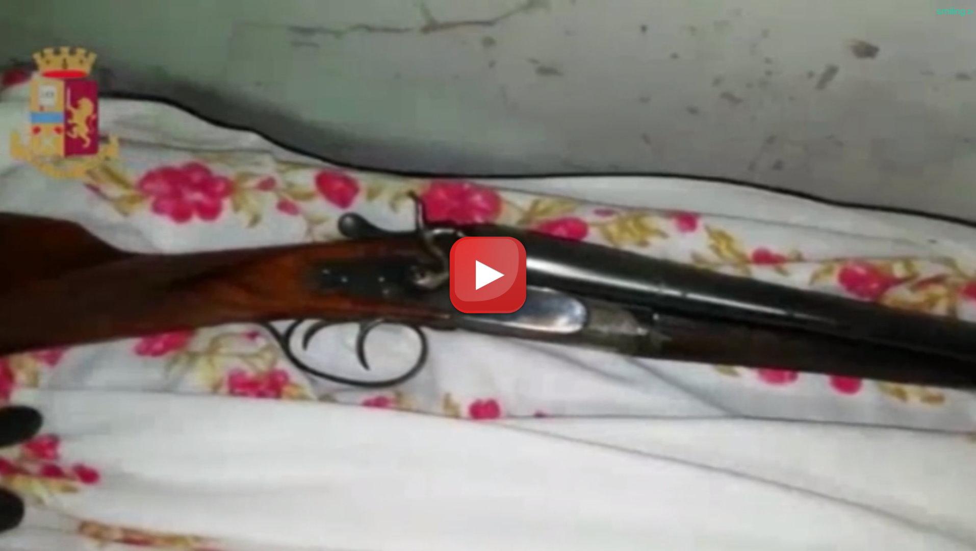Napoli, arrestato 17enne, a Soccavo un vero e proprio deposito di armi e droga
