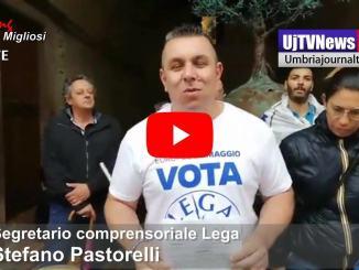 Protesta della Lega in Centro storico ad Assisi contro chiusura Piazza del Comune