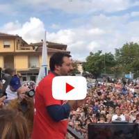 Bagno di folla per Matteo Salvini a Gualdo Tadino DIRETTA STREAMING