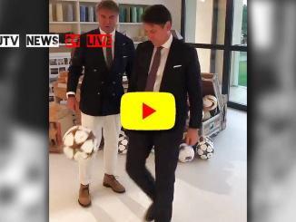 Il premier Giuseppe Conte palleggia con Brunello Cucinelli [VIDEO]