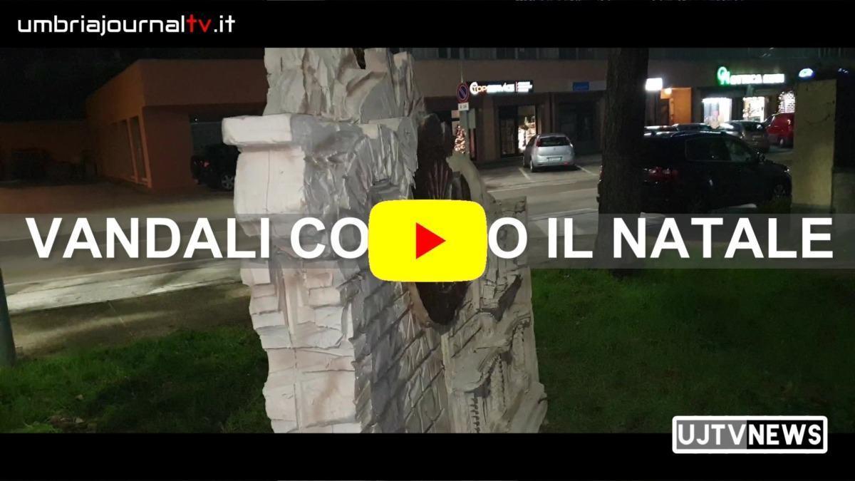 Guardate come i vandali hanno ridotto la Natività di Paolo Ballerani a Ponte San Giovanni di Perugia