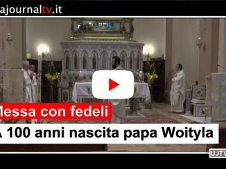 Prima messa in cattedrale a porte aperte celebrata dal cardinale Bassetti