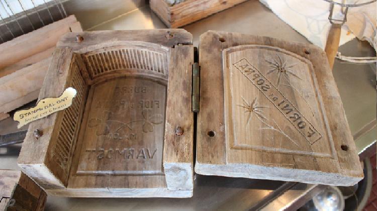 La produzione di manufatti in legno e in ferro  UmbriaTurismo