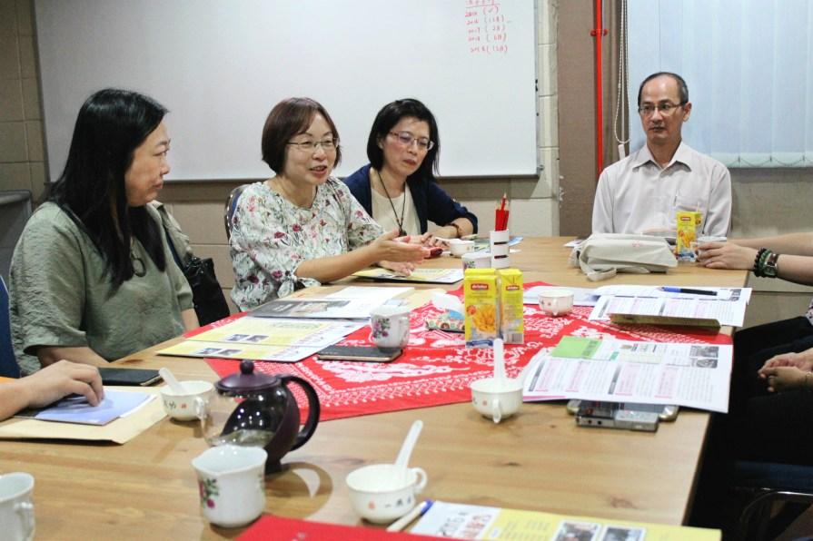 IMG 8844 meitu 9 - 国立台湾大学教授、助理教授及研究生到访马大中文系