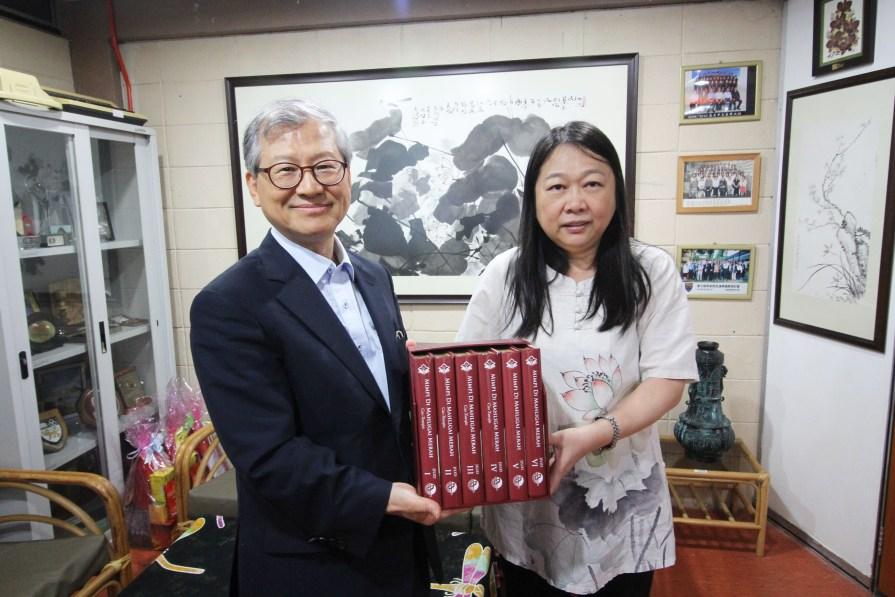 PIMG 4644 - 韩国高丽大学 中文系主任赵冬梅教授及崔溶澈教授到访