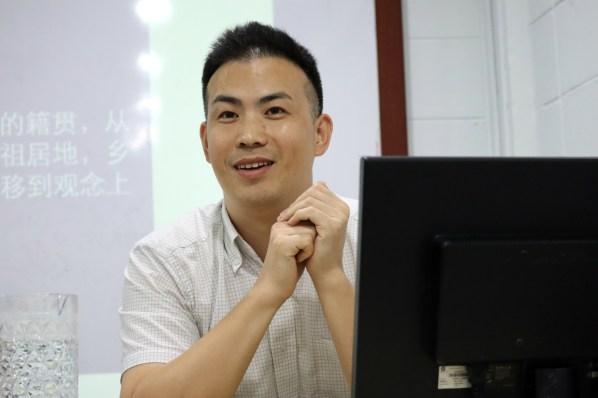 宋燕鹏博士主要研究马来西亚华人史,并出版了两本相关专著。
