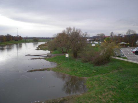 Stellplatz (hinten rechts) in Rinteln an der Weser